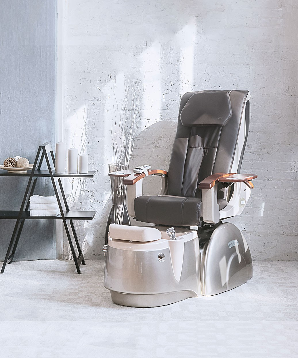 J&A Petra RMX Pedicure Spa